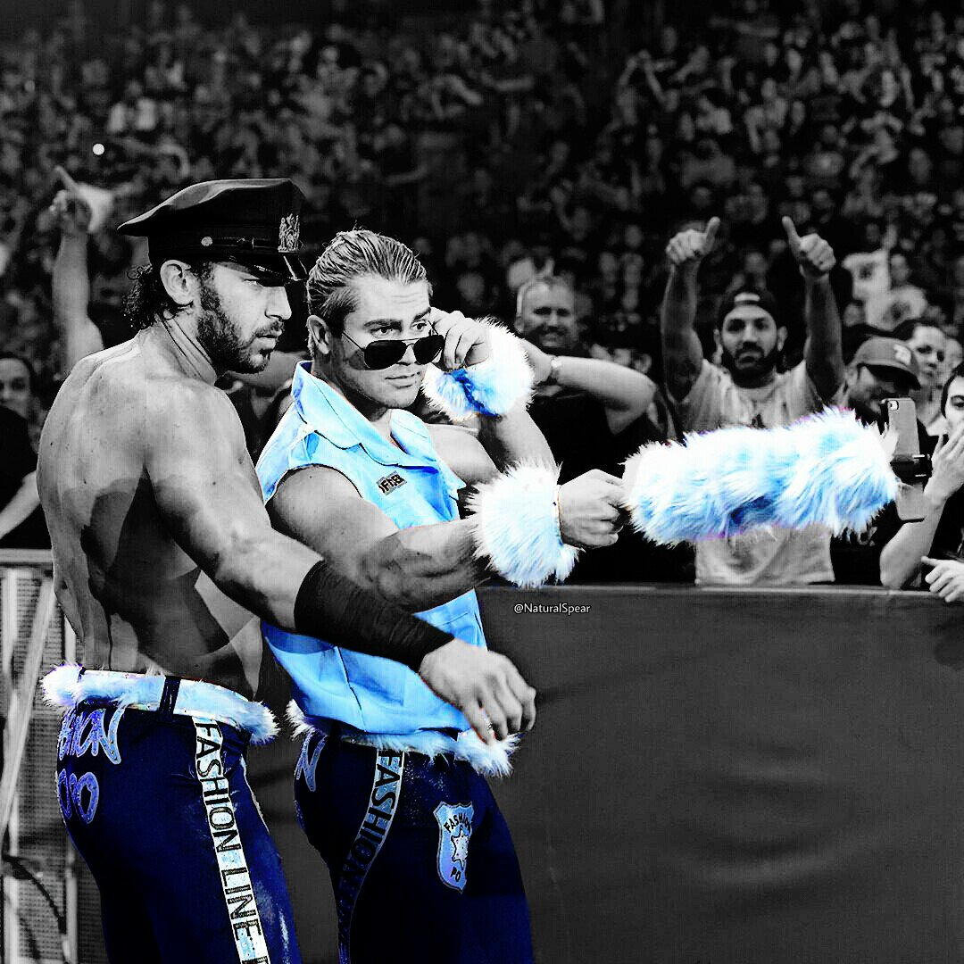 I Hope #BREEZANGO WINS Tonight In Chicago @ #WWEBackLash . Only on the #WWENetwork @ 7  @MmmGorgeous @WWEFandango<br>http://pic.twitter.com/Enb3xFVlf1