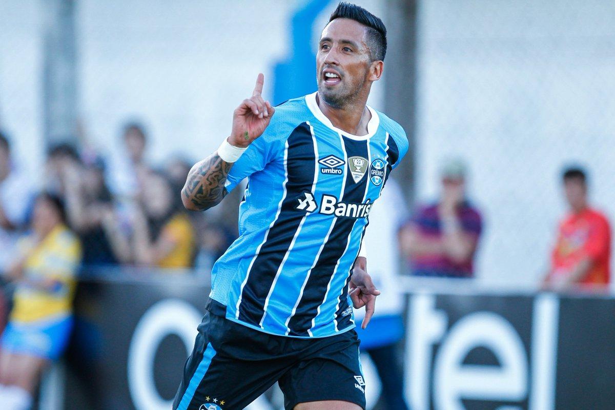 Mais um do LÍDER! Lucas Barrios marca e aumenta! Atlético-PR 0x2 Grêmi #CAPxGRE #Brasileirão2017 #DiaDeGrêmio #VamosTricoloro