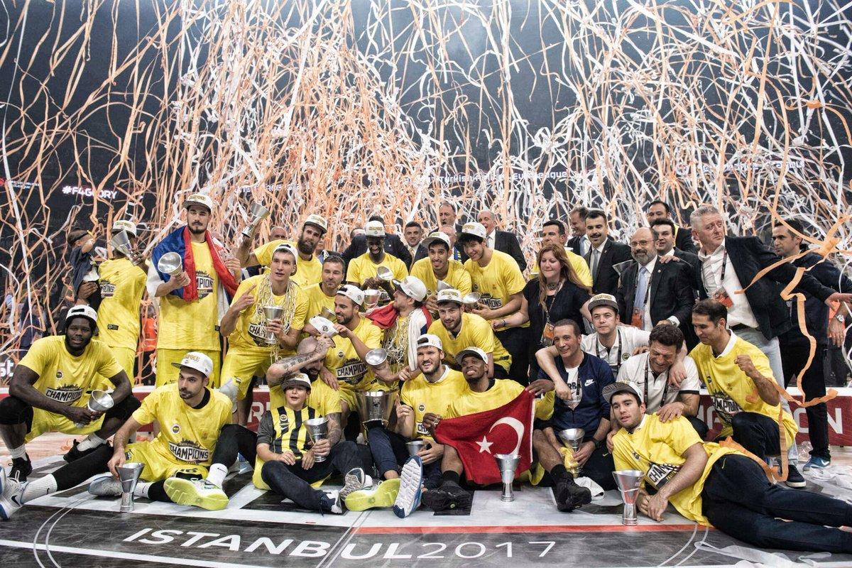 Meet the 2016-17 @EuroLeague champs: @FBBasketbol !!! CONGRATULATIONS! #F4Glory