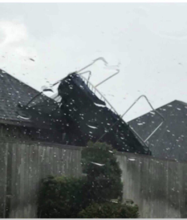 NW side of Firethorne. No other reports of storm-related damage. #HouW...