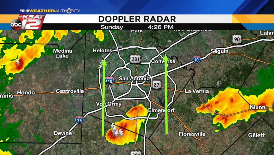 4:26 p.m. Sunday - Will the #SA bubble hold?! A non-severe storm is making a bee line for the city w/thunder, lightning &amp; heavy rain in-tow <br>http://pic.twitter.com/WBNIMyBXBF