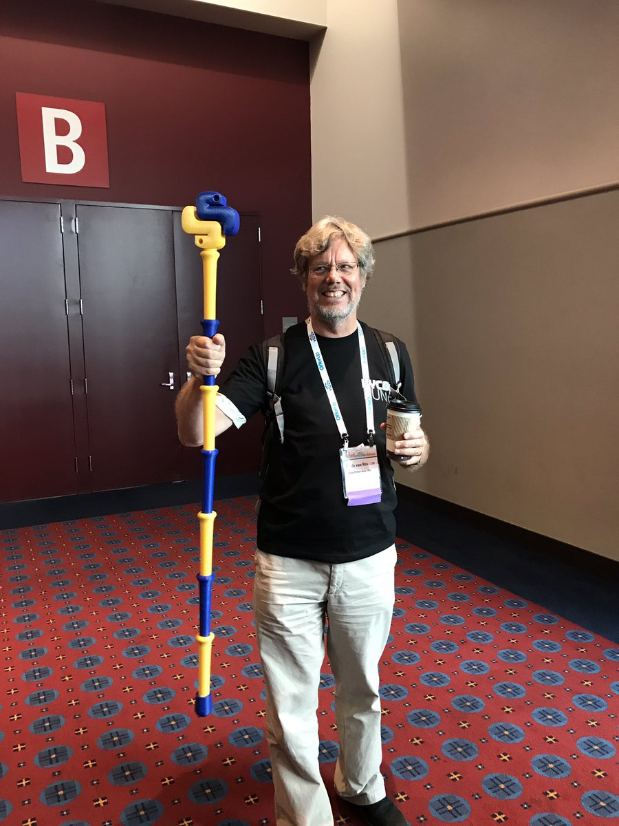 This is #PyCon2017 <br>http://pic.twitter.com/0svw0OdApP
