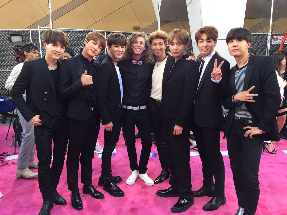 These guys are taking THE WORLD by storm! Pleasure to speak with them. @bts_bighit @BTS_twt