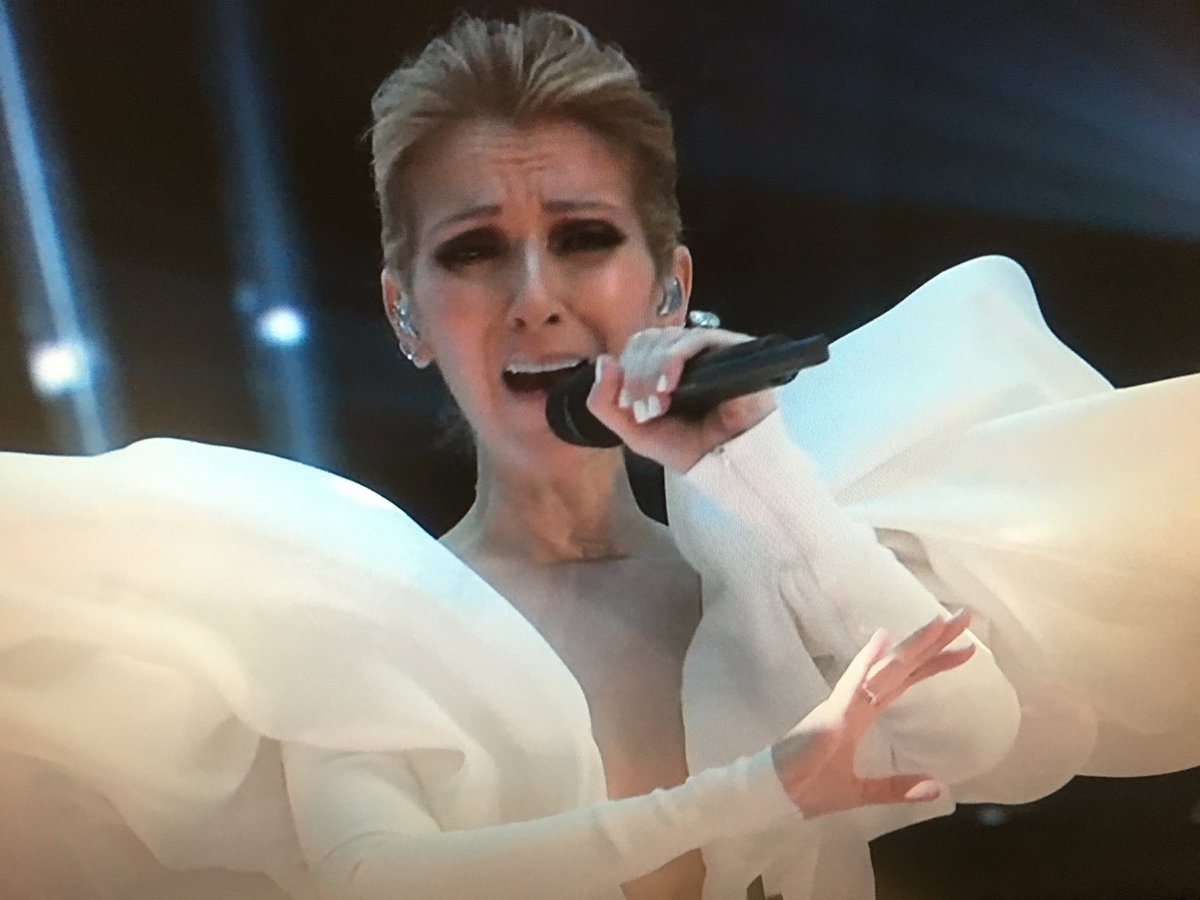 .@celinedion slays the #Titanic song just as hard 20 years later... #BBMAsOn2 #BBMAs<br>http://pic.twitter.com/NZHMOkDKDO