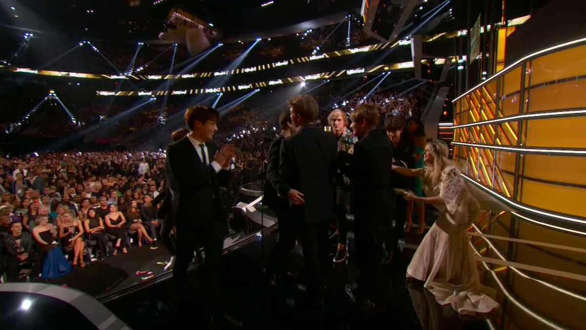 RT @BBMAs: .@BTS_twt accepts Top Social Artist presented by @ion360, thanks to you guys! 💕 #BBMAs https://t.co/lZWEuYXp6I