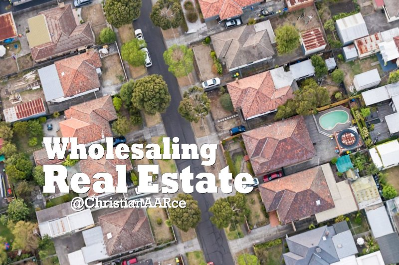 Wholesaling Real Estate, Is it for you? Here is the Best Way to Get Started https://t.co/PbqoHCoTPG #Chicago #NewYork #California #Florida https://t.co/iW15vi5fhI