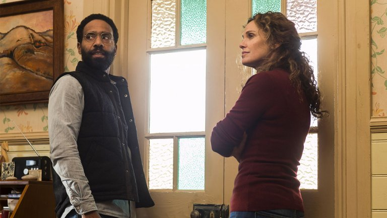 #TheLeftovers star @TheAmyBrenneman dissects that heartbreaking twist https://t.co/Ws2rsmjwz2