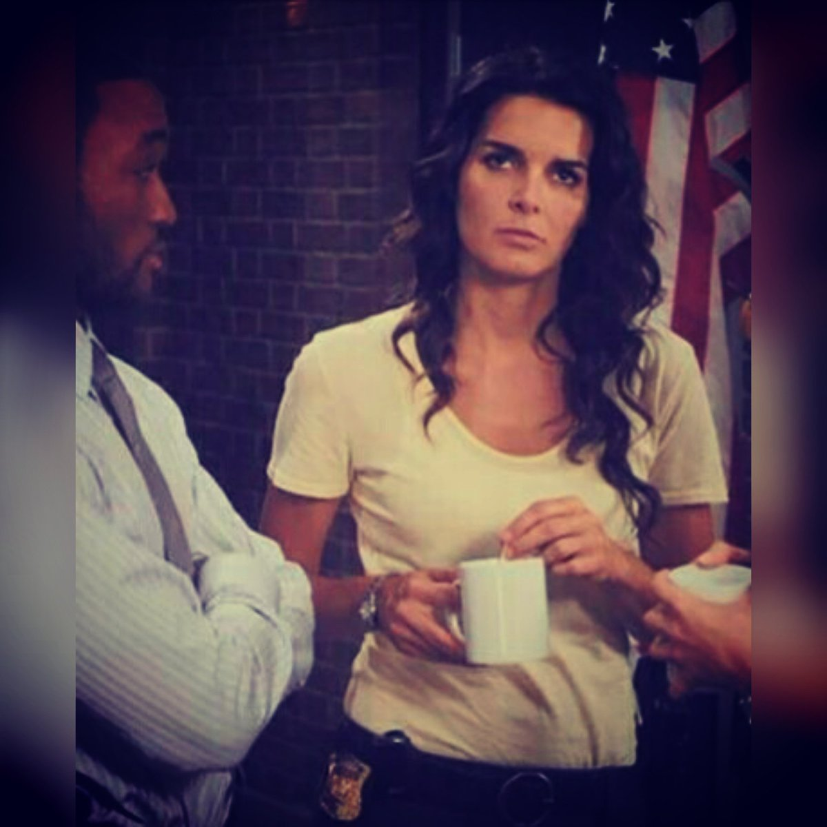 Look at the good side ... at least on #Mondays only happen once a #week  Have a wonderful &amp; amazing week @Angie_Harmon   @sjf13k_sj<br>http://pic.twitter.com/Ix8fe1ENxx