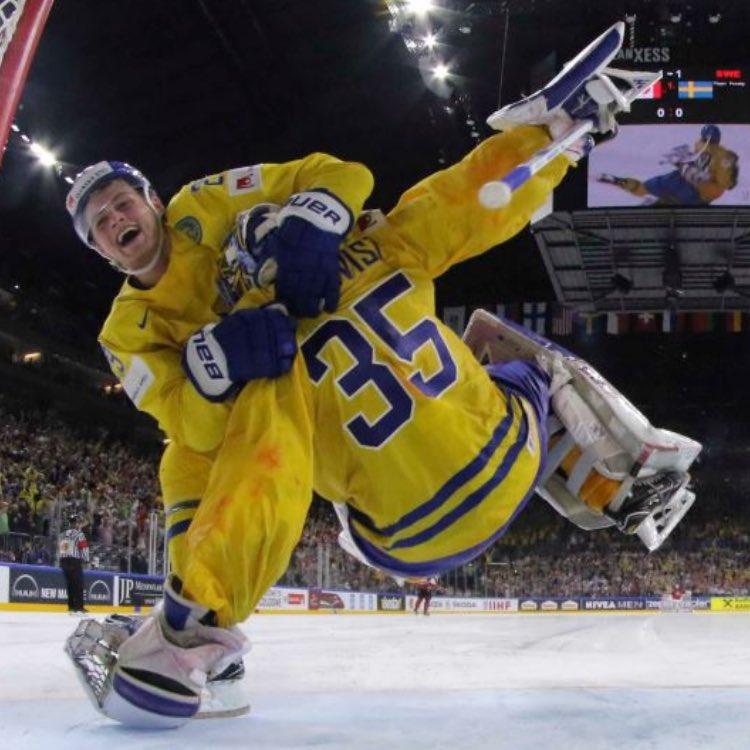Worlds: TRE KRONOR TAKES GOLD - Backstrom, Ekman-Larsson Score In Shootout