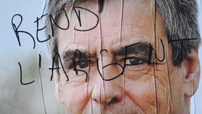François #Fillon s'est rendu chez les juges pour l'affaire des soupçons d'emplois fictifs https://t.co/Vhyi8GxsiN