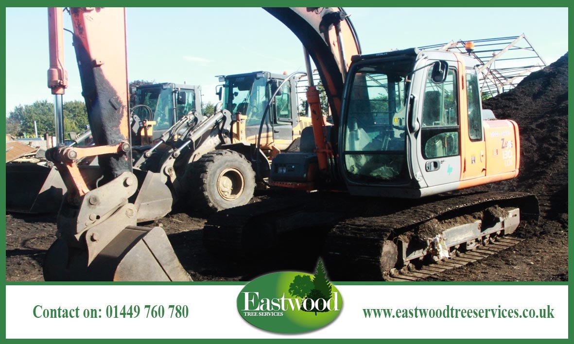 Find your nearest #TreeSurgeon &gt;&gt;&gt;  http:// bit.ly/EastwoodTreeSe rvicesCoverage &nbsp; …  #Eastwood #Ipswich #Norwich<br>http://pic.twitter.com/Kw5VUSmeXk