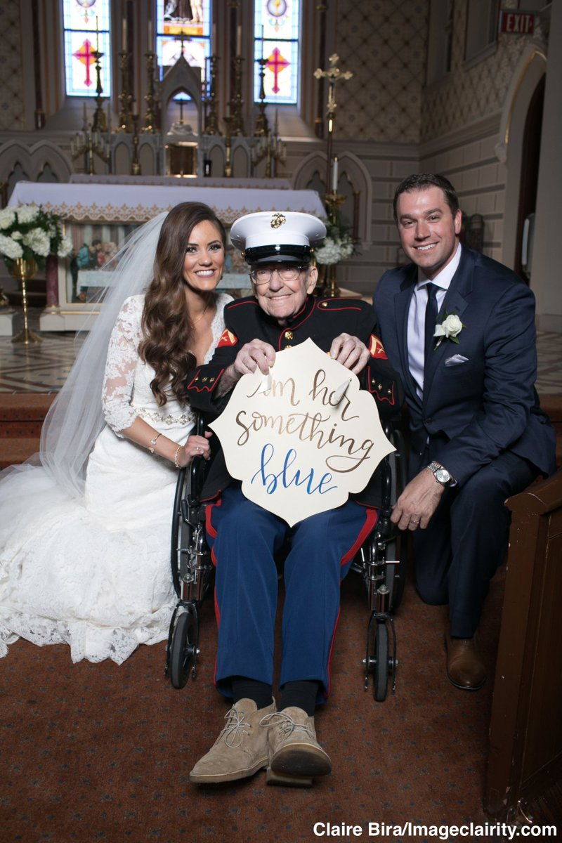 "Bride's 92-year-old uncle serves as her ""something blue"" in his Marine dress blues. 'I felt elated and honored.' https://t.co/jaPtn2l7Hx"