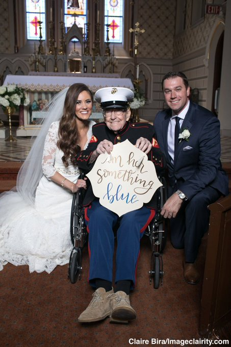 """Bride's 92-year-old uncle serves as her """"something blue"""" in his Marine dress blues. 'I felt elated and honored.' https://t.co/jaPtn2l7Hx"""