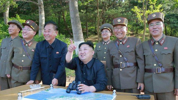 Un nouveau missile nord-coréen parcourt 450 kilomètres avant de disparaître en mer du #Japon https://t.co/tWR2Q45Air