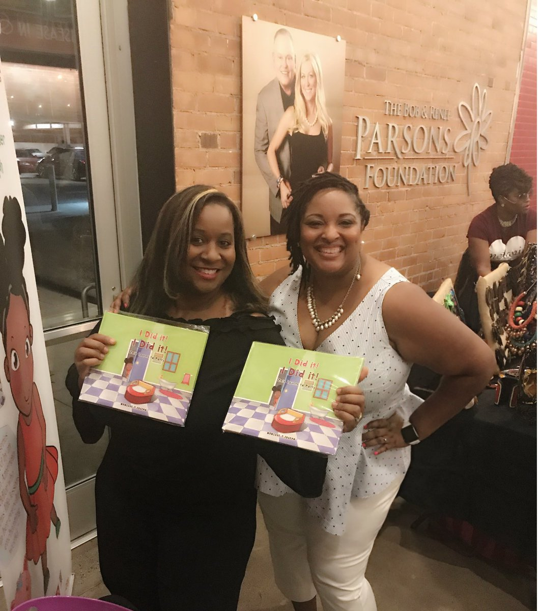 We had such an amazing time meeting all the people who came out to support! Thanks #Arizona #booktour #MemorialDay #kids #BlackTwitter #pr <br>http://pic.twitter.com/0crPKvzlC6