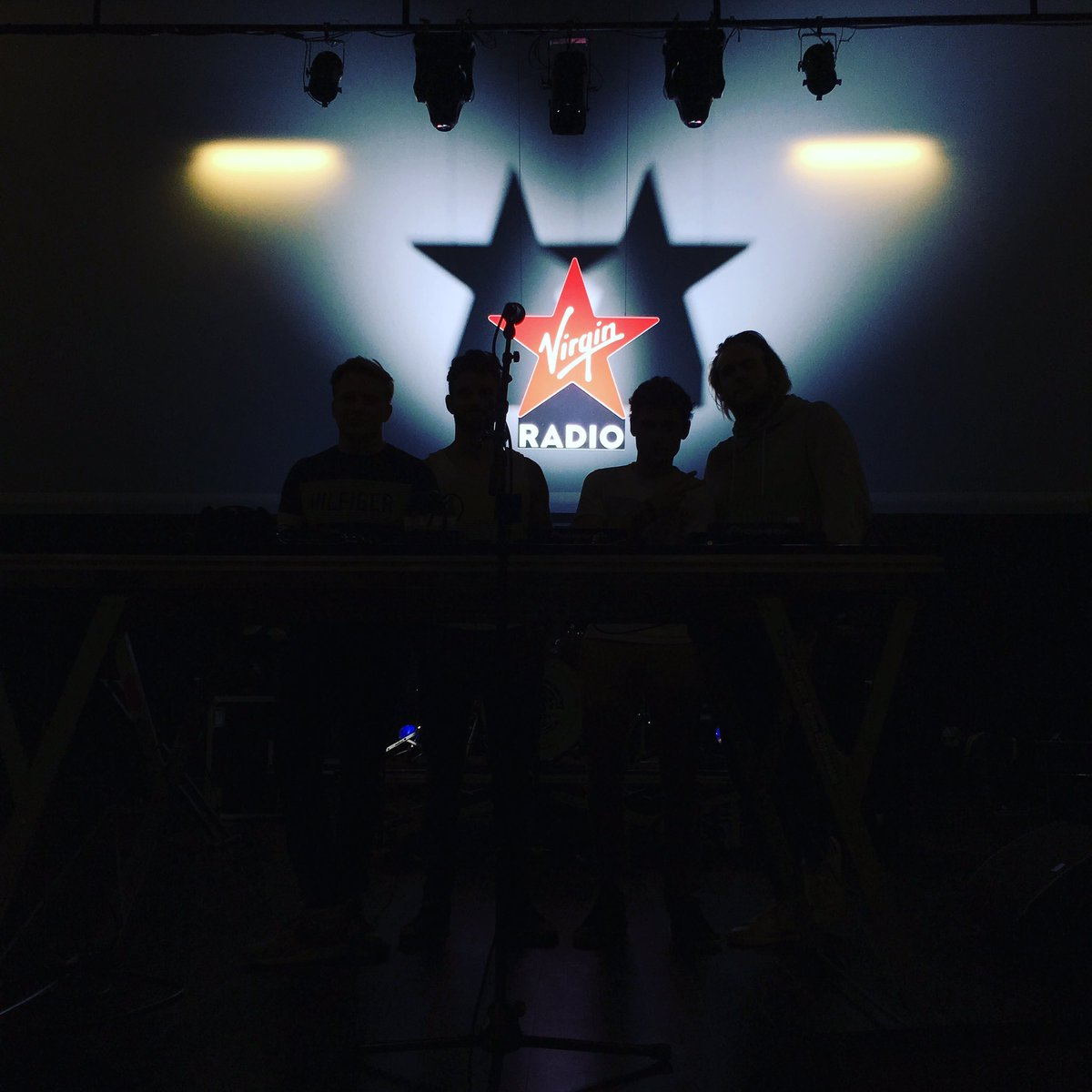 Getting ready for tonight ! See you there #dijon #Virginradiolive @VirginRadiofr  <br>http://pic.twitter.com/M1zgnjv8RY