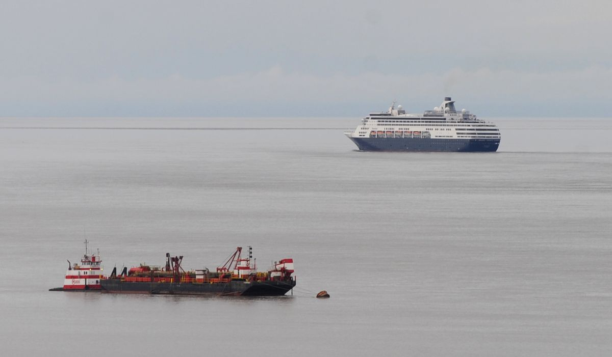 Alaska&#39;s cruise industry just keeps getting bigger  http:// dld.bz/fKBf9  &nbsp;   by @Annie_Zak #Travel #Alaska #Cruise<br>http://pic.twitter.com/jNqK16Eenr