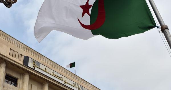 En Algérie, aussitôt nommé, un ministre est limogé https://t.co/RUcdoJGJ5C