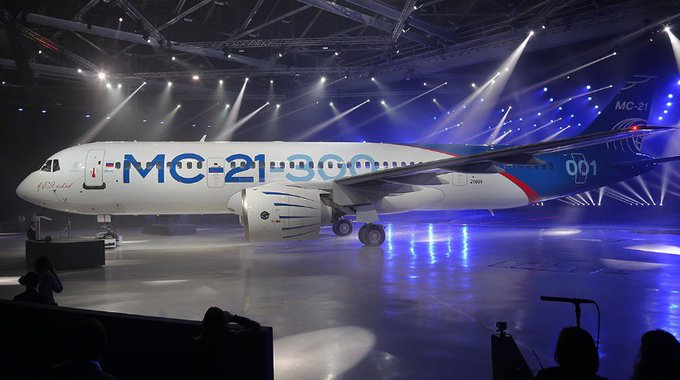 Russian airliner #MC21 made its maiden flight yesterday. 180 planes already ordered by various airlines.