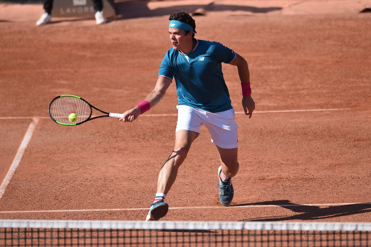 Milos #Raonic dominates Steve Darcis 6-3 6-4 6-2 to begin his French O...