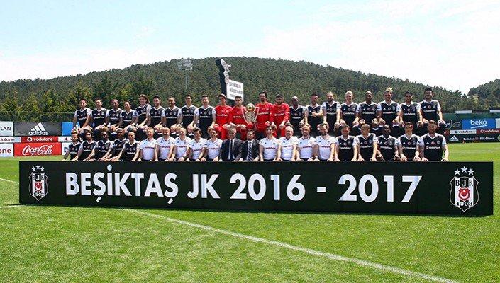 Introducing the Turkish National Champions #Beşiktaş JK... Hats off!  <br>http://pic.twitter.com/YwWtIt5Et6