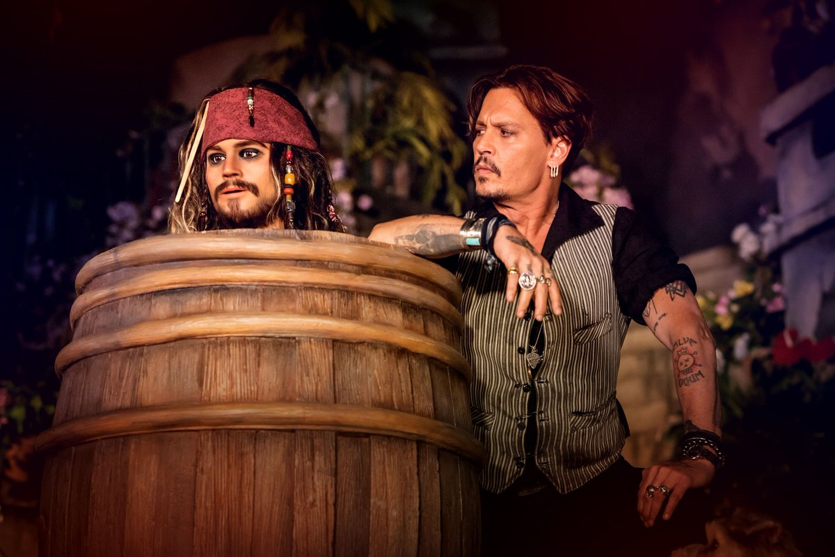 Johnny Depp checked out one of the new scenes in the Pirates of the Caribbean attraction that will reopen on 24 July. #DisneylandParis #POTC <br>http://pic.twitter.com/eN0haZqVfF