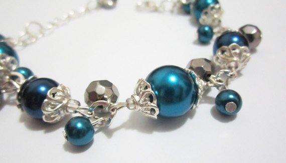 Navy Blue Bridesmaid Vintage Style Pearl Bracelet  http:// etsy.me/2l3JLDS  &nbsp;   @Etsy #fashion #wedding #jewelry #integritytt @HyperRTs @NightRTs<br>http://pic.twitter.com/hjU9bjLSUV