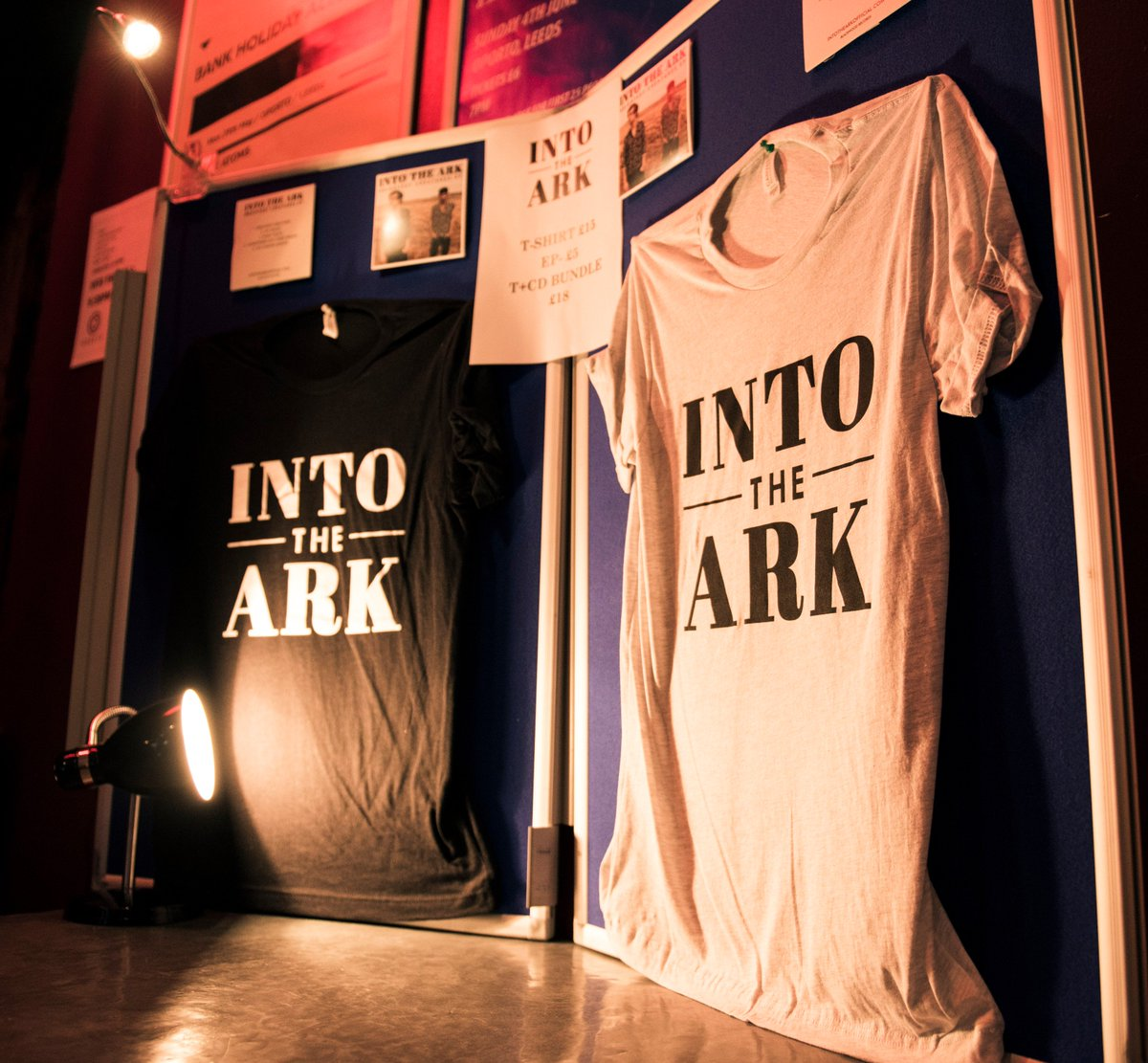 It&#39;d be sick to see shots of you in your merch from tour...tag us and we&#39;ll retweet! And get to  http:// intotheark.tmstor.es  &nbsp;   yesss  #tour #merch<br>http://pic.twitter.com/rMUS5Ndd6z