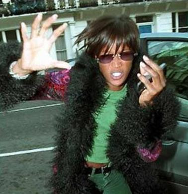 Happy 25th Martian Birthday Naomi Campbell!  Remessage