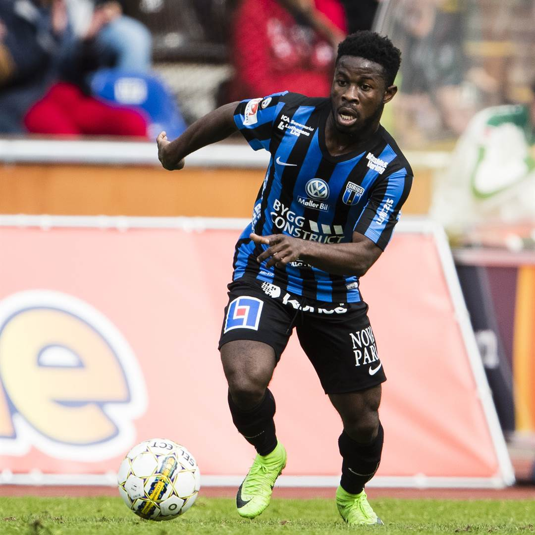#Sweden FA wants to prevent talented Kingsley Sarfo from playing for #Ghana after his Black Stars call-up. More-&gt;   http:// mobile.ghanasoccernet.com/breaking-news- sweden-fa-moves-to-prevent-kingsley-sarfo-from-playing-for-ghana-applies-for-citizenship-for-midfielder &nbsp; … <br>http://pic.twitter.com/JGSvM2oePN