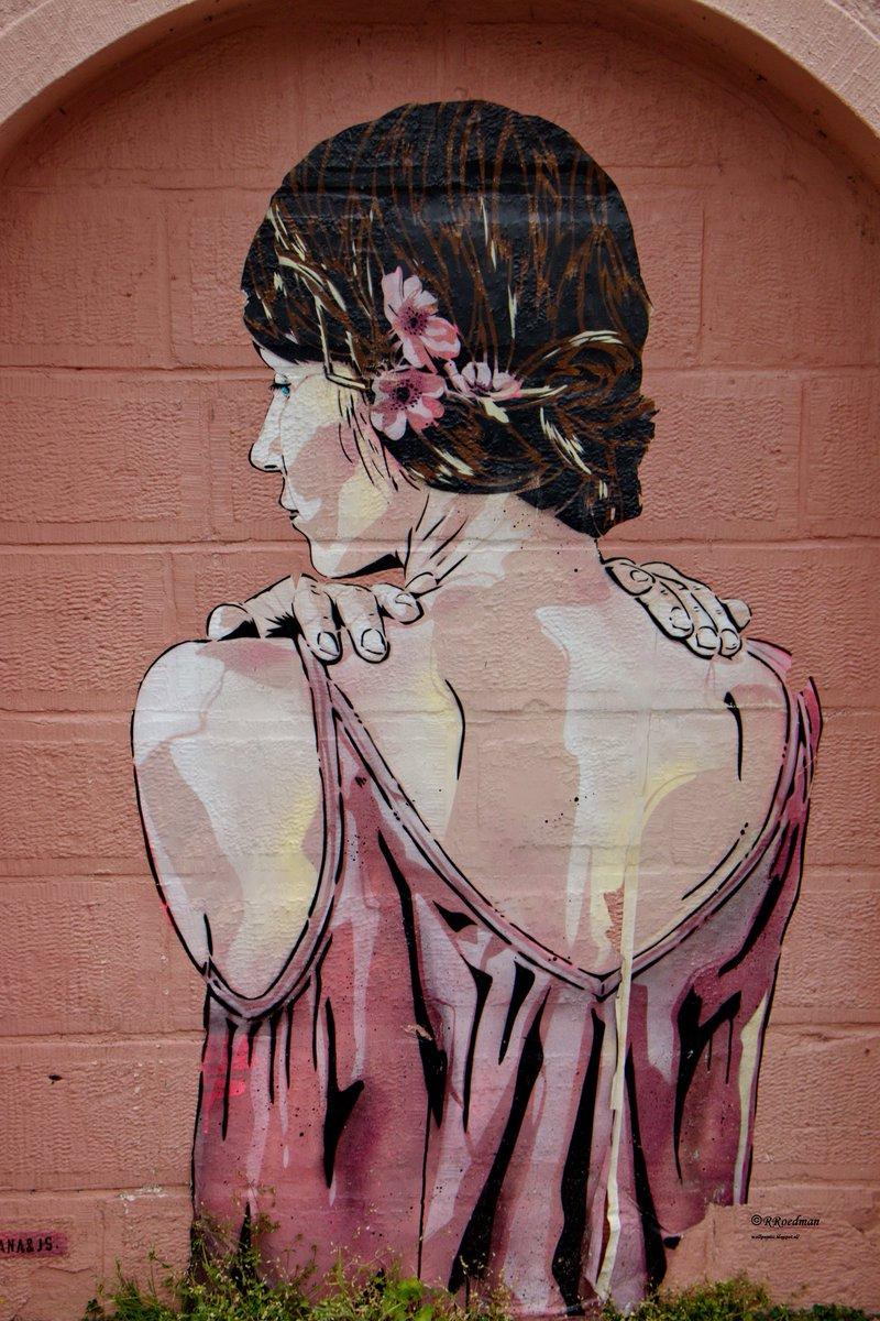 #streetart #graffiti #mural #Janaundjs woman in #Strasbourg #France, 3 pics at  http:// wallpaintss.blogspot.nl  &nbsp;  <br>http://pic.twitter.com/x8GINupHe1