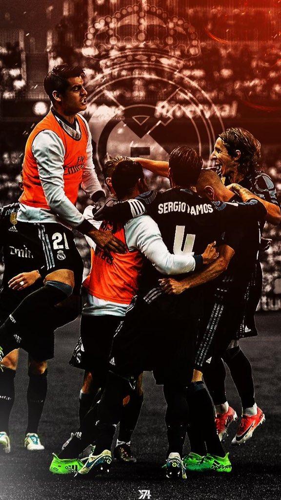 CAAAAMPPEEEONESS CAAAAMPPEEEONESS OLE OLE OLE | @realmadridfra   #RealMadrid #33Ligas #LaLigaSantander #Champions #Header #Lockscreen <br>http://pic.twitter.com/vgRgZgR9Gt