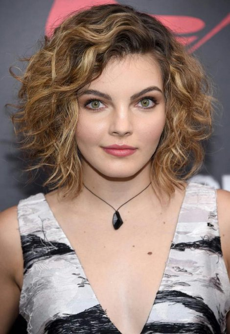 Happy Birthday To Camren Bicondova!!