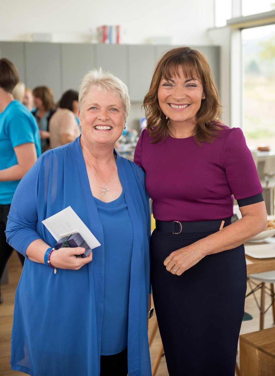 So delighted that the very lovely @reallorraine has become a Patron of our wee charity #greatstarttotheweek #rippleretreat<br>http://pic.twitter.com/MEXMM5yUud