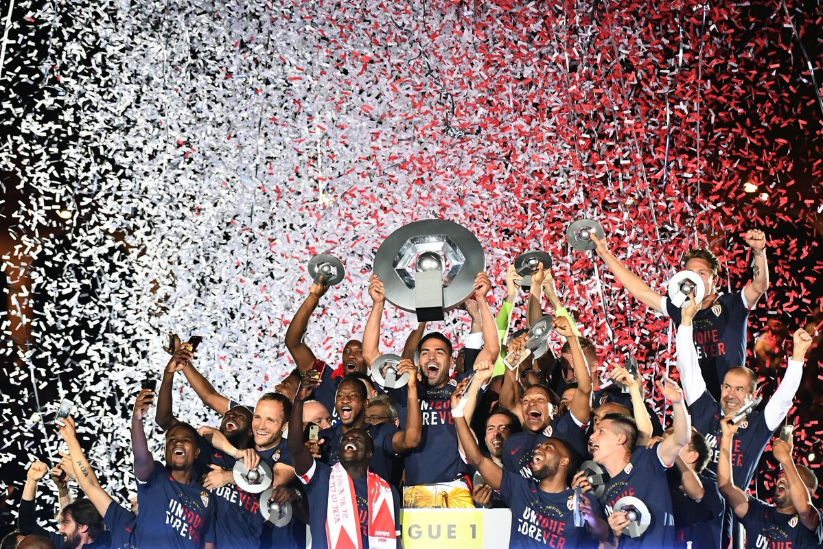 @AS_Monaco picked up their 8th @Ligue1 title by finishing 8 points clear of @PSG_inside .  #Ligue1 #ASMonacoChampi8ns <br>http://pic.twitter.com/m6sh5krIYr