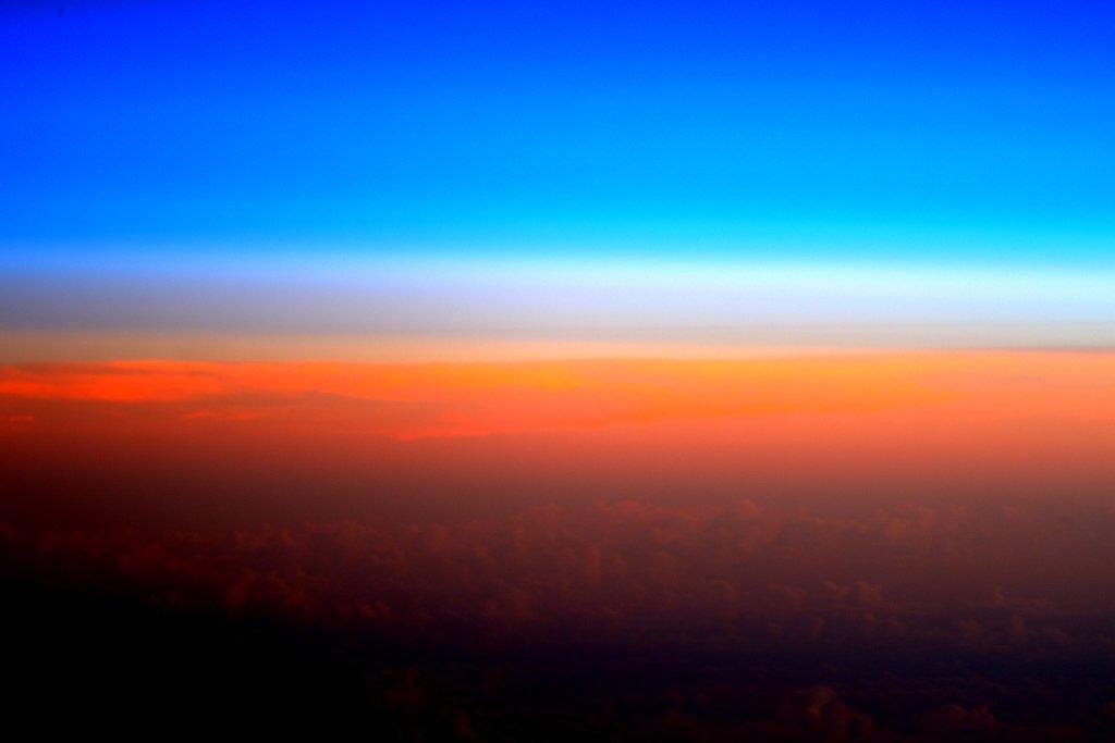 #MondayMotivation The colors of sunrise! https://t.co/CBCjwkJD1O