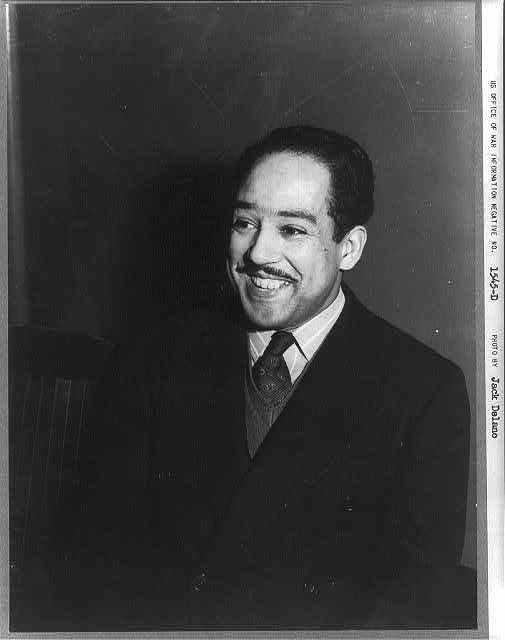 "We remember, poet and social activist, Langston Hughes on this day. ""I, too, sing America..."": https://t.co/e2LqxPYjkB #APeoplesJourney https://t.co/Xee5F7fGvP"