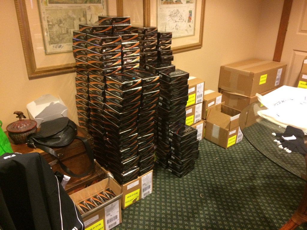 when you have a 82% ball count weekly, requires shipping in over 350dz Titleist golf balls ⛳️ #1ballingolf https://t.co/z5X6i3nLSu