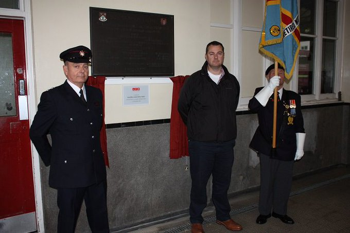 #Ealing fire crew track down grandson of firefighter & invited him to unveil a plaque in his grandfather's honour https://t.co/r1nQ9H4j1E