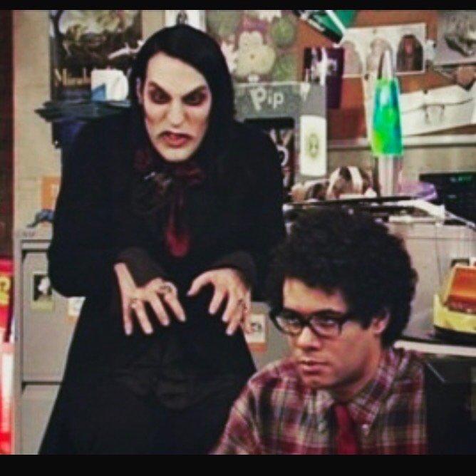 World goth day :) x x x https://t.co/YUGLGvmeW5