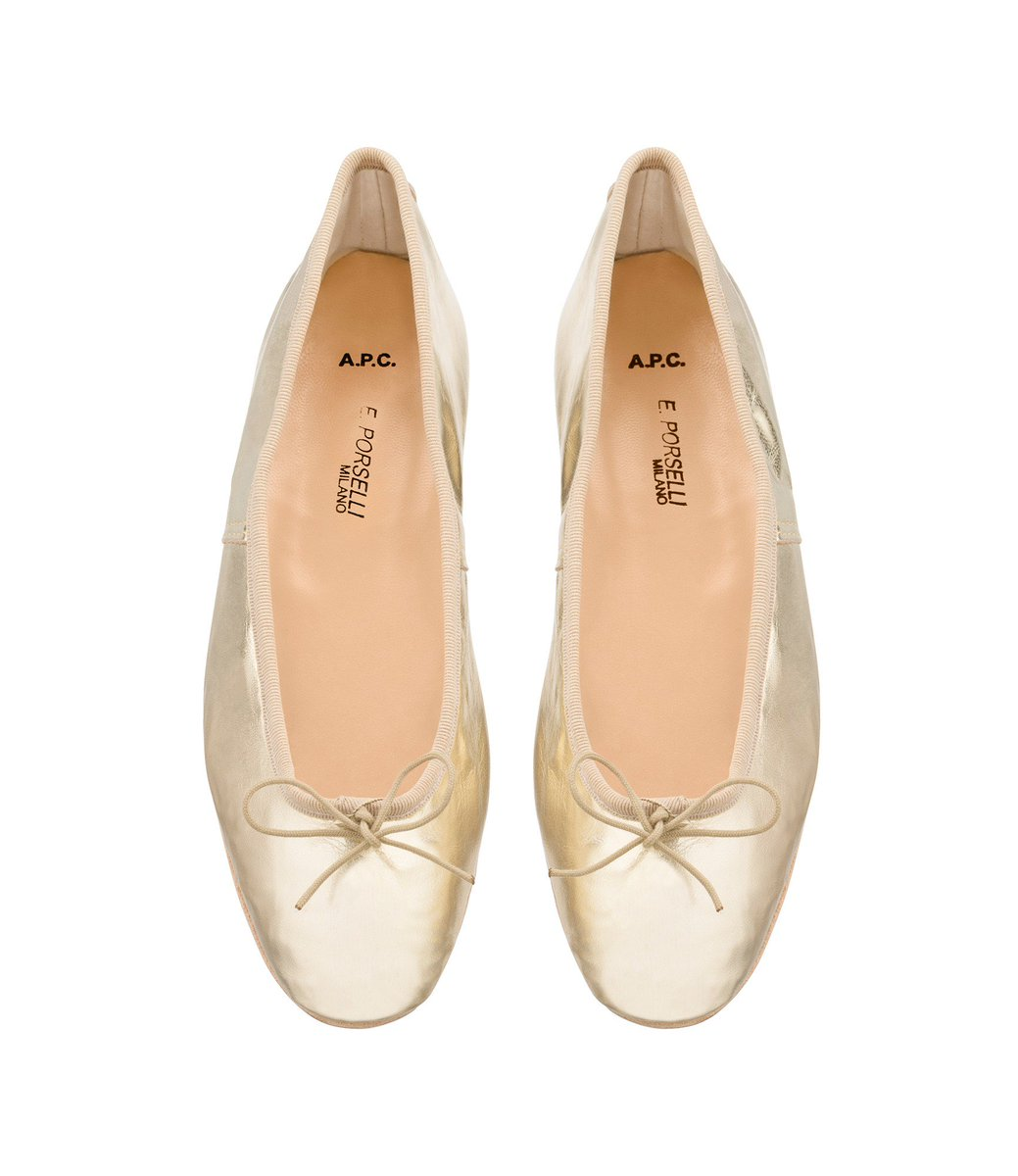 8a35de6d3ce4  APC  Porselli ballet flats from the women  FW17 collection.pic.twitter .com LylT8uyNXf