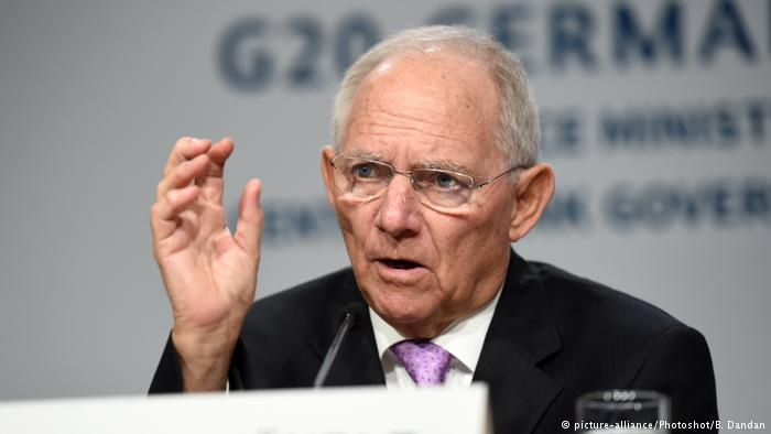 Resurrection of German-French engine starting in earnest. Ministers of finance #Schäuble and #LeMaire agreed on joint working group today. <br>http://pic.twitter.com/occQrsA2zV