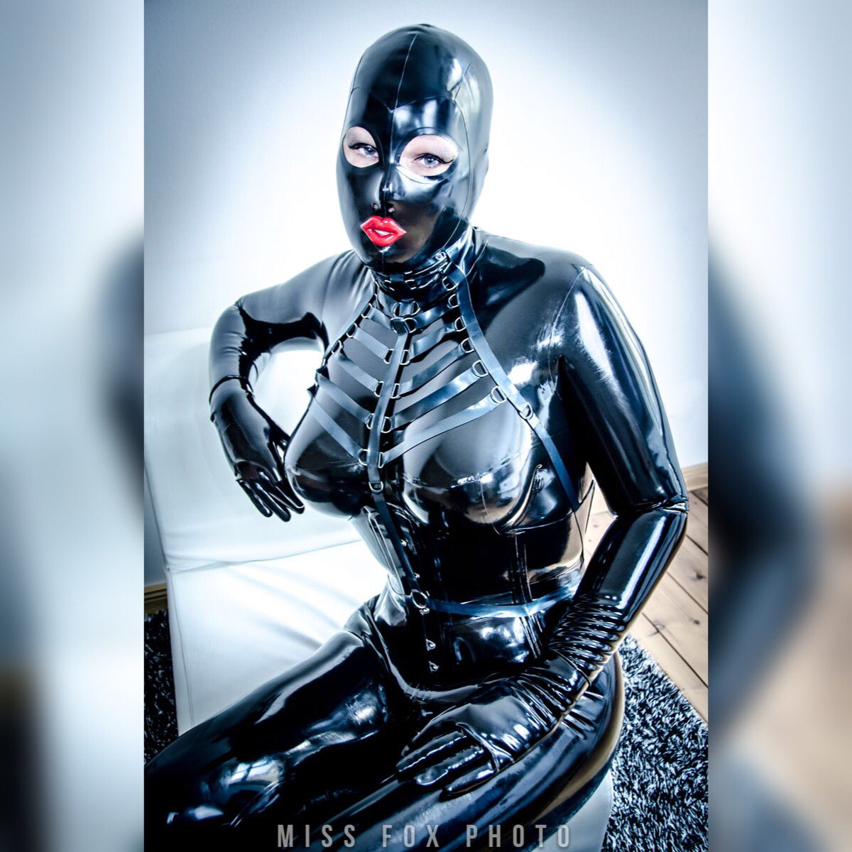 Die Gummipuppe on Twitter:  or dolls looking at the