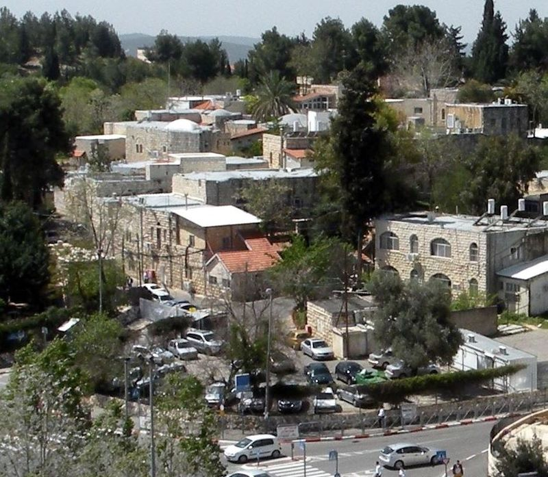 #Zionists murdered the inhabitants of #DeirYassin and burned their #village to the ground then built a #hospital on it to erase its memory<br>http://pic.twitter.com/zoPskeIfGP