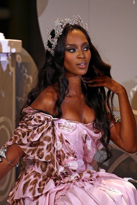 Happy birthday to the original Slay Queen Naomi Campbell!