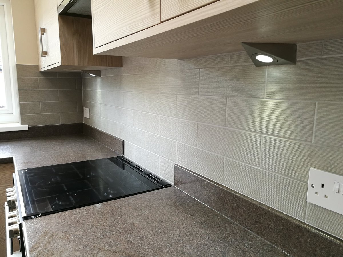 Andy carroll tiling on twitter touchline silver tiles andy carroll tiling on twitter touchline silver tiles toppstiles toppstilestrade finished with ultratile titanium grout and matching silicone dailygadgetfo Images