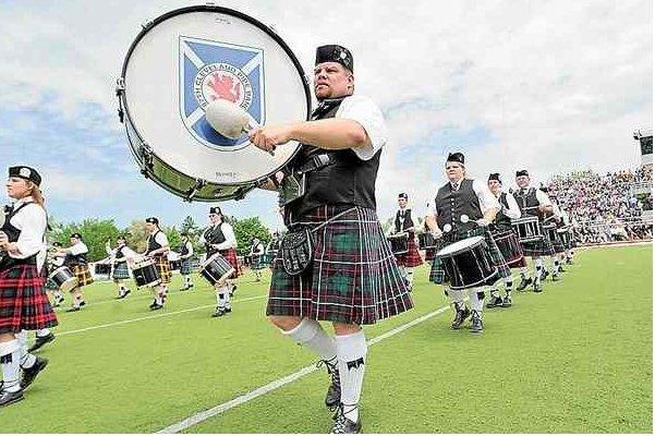 Highland Festival brings #Scotland to #Alma this weekend  http:// bit.ly/2qcZ8cj  &nbsp;  <br>http://pic.twitter.com/nWDJQaFflF