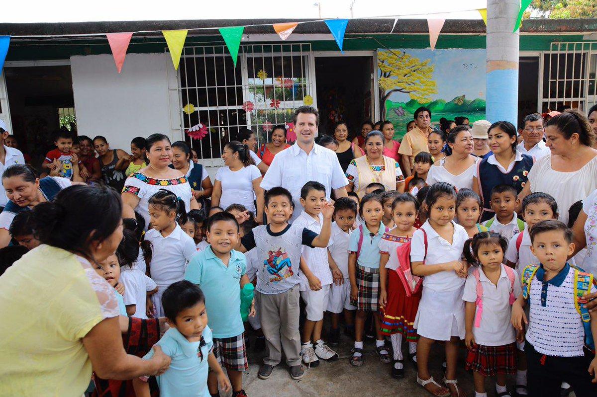 """Gerardo Gaudiano R. ar Twitter: """"Visité el Jardín de Niños ..."""