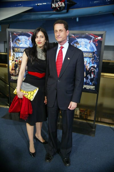 #Huma #Abedin #FINALLY #Files for #Divorce from #Anthony #Weiner  http:// bit.ly/2rtsOGQ  &nbsp;  <br>http://pic.twitter.com/ycamsOQmUl
