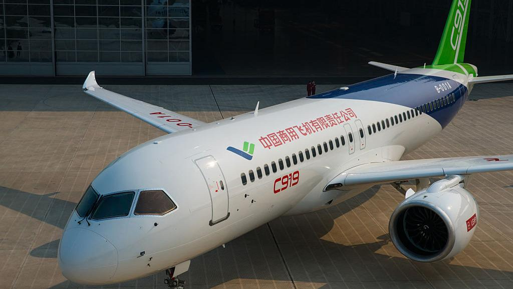 Sản xuất máy bay đường dài, Trung-Nga thách thức Boeing và Airbus